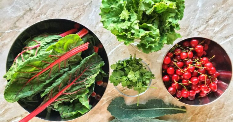Leveles zöldek és gyümölcsök